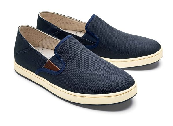 Olukai Kahu - Men's Slip-On Comfort Shoe - Trench Blue / Off White - Pair